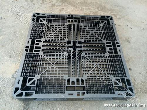 pallet-nhua-den-1000x1000x120mm