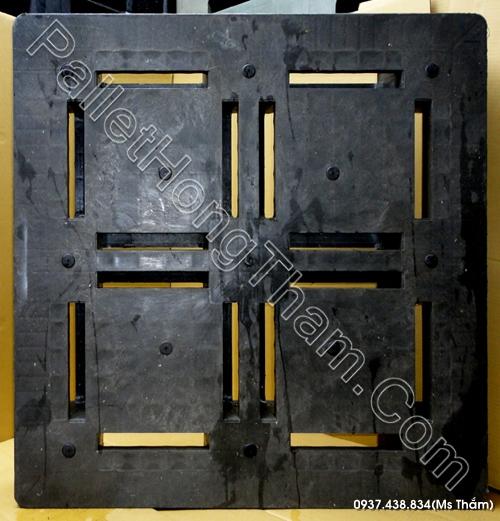pallet-nhua-mau-xam-1100x1100x150mm-01