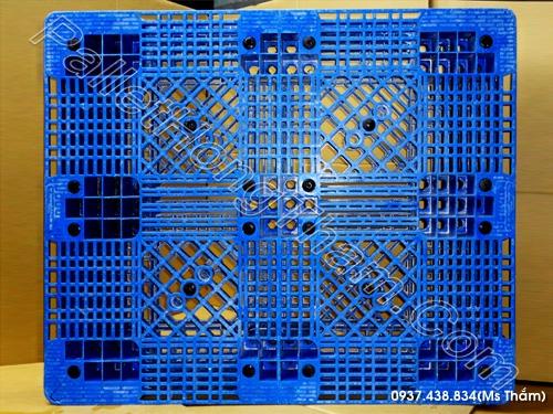 pallet-nhua-mau-xanh-1000x1200x150mm