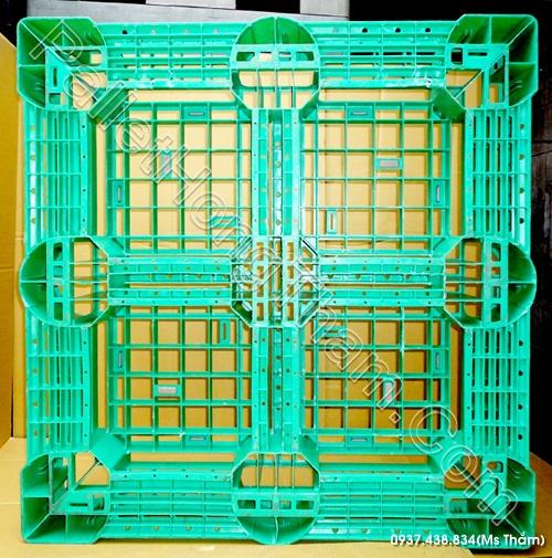 pallet-nhua-mau-xanh-la-1100x1100x150mm-01